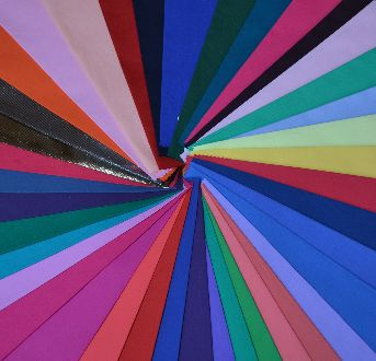 Farebná Typológia – Prečo Je Textilná Farebnica Vhodnejšia