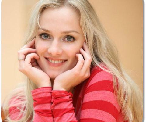 """Celebrity A Farby – Monika Hilmerová V """"Búrlivom Víne"""""""