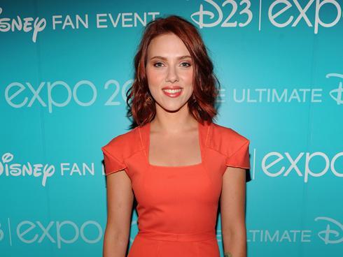 Celebrity A Farby – Farba Vlasov Scarlett Johansson